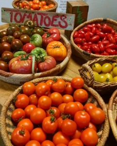 tomatoes in farmstand