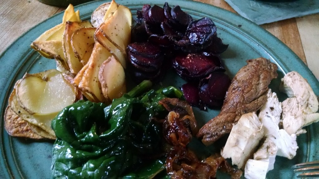 asado-potatoes-beets-spinach-and-chicken